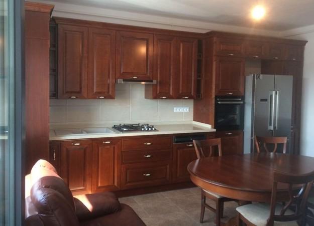 mobilier clasic bucătărie