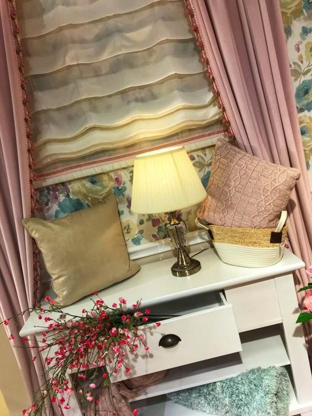 Draperie pentru o fereastră romantică